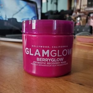 Glam Glow Berryglow Probiotic Mask